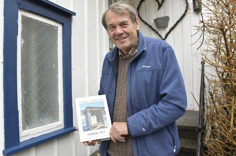 Harald Langmyr: Er stolt av å kunne presentere den 39. årboka fra Historielaget for Dypvåg Holt og Tvedestrand. Boka lanseres på rådhuset førstkommende onsdag. Foto:Olav Loftesnes