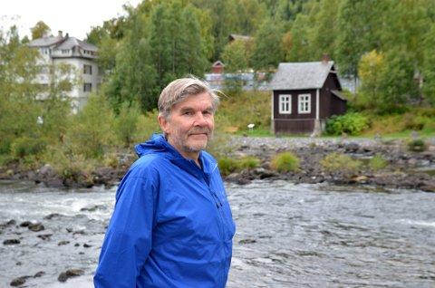 Engasjert: Per Herman Isachsen engasjerer seg for å redde gyteområdene i Neselva og fiskebestanden i Strandefjorden.