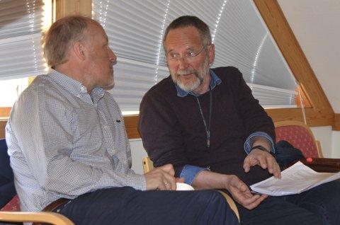 Åge Sandsengen og Finn Hesselberg (t.h.) i Kommunerevisjon IKS.