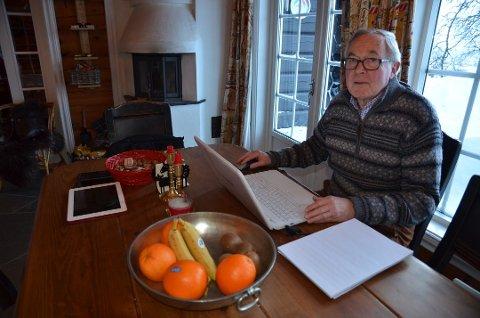 Harald Madsen i Tyin-Filefjell Hytte Forum ber Vang kommune si klart og tydelig nei til vindmøllepark. Han mener vindmøller vil rasere verdiene i fjellet. Foto:Torbjørn Moen