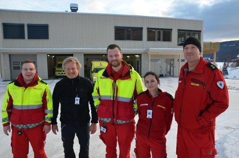Ansatte: Tore Haugerud (f.v.), seksjonsleder Bjørn Solheim, Erik Hansen, Silje Finnbråten og Lars Kjerstad er veldig fornøyd med de nye lokalene de tok i bruk fra midten av desember.