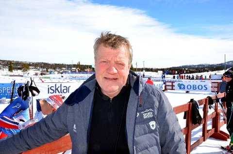 Erik Østli er streikefast på Svalbard etter jobben som speaker i helgen.