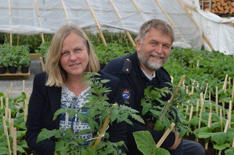 Anne Knutsen og Anders Nordrum ser fram til marked i Fagernes de neste lørdagene.