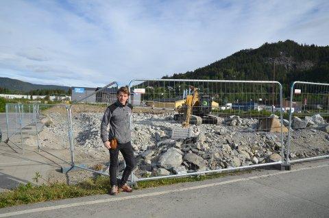 Gleder seg: Torje Bakken Rosendal har store forventninger til nybygget som skal stå ferdig i mars neste år.