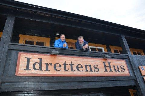 Idrettens Hus: Arrangementssjef i Norges Skiforbund, Terje Lund (t.v.), var på plass onsdag for å ha møter med koordinator Erik Østli og NRK. Det nærmar seg Beitosprinten 20. til 22. november.