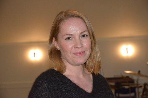 ER POSITIV: Både som politikar og forelder ser Linda Gangstad Nordli (Ap) fordelar av at Vestre Slidre kommune innfører femdagarsveke for 1. og 2. trinn.