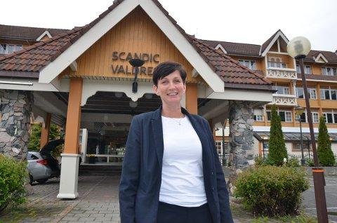 Usikker høst: Hotelldirektør Steffanie Lohmann melder om en god sommer, men usikker høst. Hotellet tilbyr rakfiskaften under den avlyste rakfiskhelga.