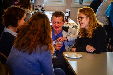 VIKTIG BUDSKAP: Øyvind Flagstad ble rusmisbruker i tenårene. Nå forteller han sin historie sammen med søsteren Jeanette (t.h).