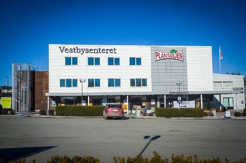 HER BLIR DET LEKELAND: Eventyrfabrikken skal åpne i Vestbysenteret.