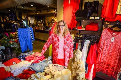 FEIRER 2 ÅR i SON: Heidi Kildebo hos klesbutikken Flyt i Son sentrum