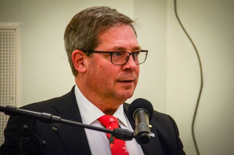 VALG: Pål Engeseth, gruppeleder i Høyre, frykter at flere ikke stemmer uten valgkort.