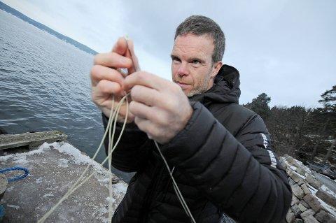Sportsfisker: Robert Selfors sier han slipper ut mye av fisken han fisker.Foto: Ståle Lidsheim