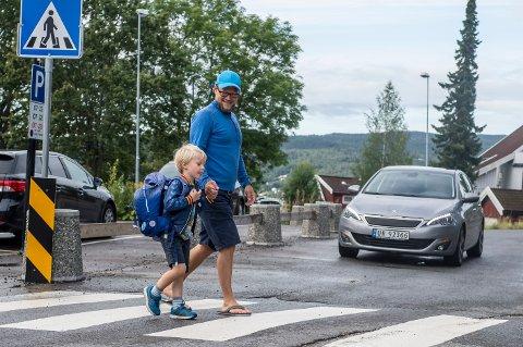 Det er skolestart rett rundt hjørnet og Cornelius (6) har begynt på SFO. Han synes det går greit med trafikken.