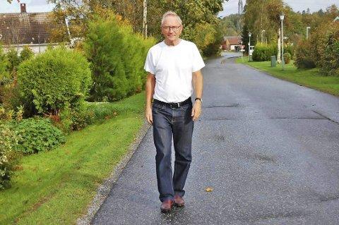 ANGREPET: Eks-ordfører Johan Alnes ble slått til da han sto på stand for Ap på Vinterbro senter på lørdag.