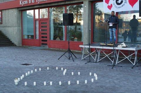 Refugees Welcome har fått pris. Bildet er fra organisasjonens arrangement på Tynset i november.