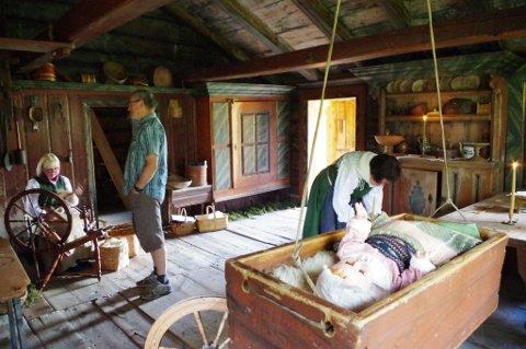 Ny tid møtte gammel i Lonåsstua på Tynset bygdemuseum.