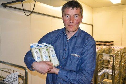 GIR IKKE SLIPP: Meierisjef Trond Lund vil ikke la amerikanerne stjele tjukkmjølka. Nå kjemper Rørosmeieriet for eierskapet til produktet.