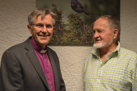 To store ambassadører på hvert sitt område. Biskop Tor Singsås og Naturfotograf Jon Østeng Hov