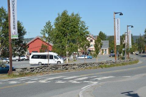 Jernbaneparkeringen ved Røros stasjon.