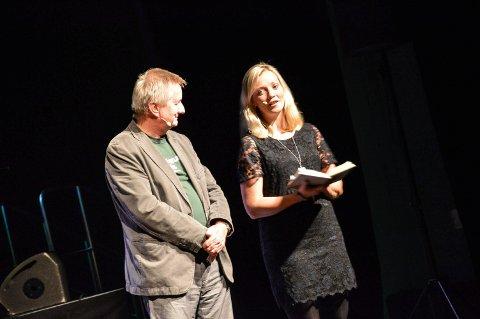 LITTERATURFESTLEDELSE: Styreleder Kjell Magnus Krog og sekretær Kirsti Sæter ønsket velkommen til Storstuggu før helga. Foto: Guri Jortveit
