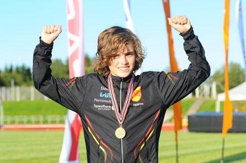 I TOPPEN: Esten Hansen-Møllerud Hauen imponerte da han løp inn til bronsemedalje på 1500 meter hinder under Ungdomsmesterskapet.