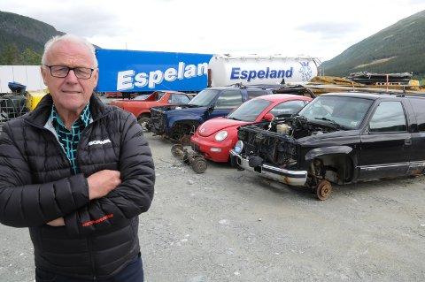 NYTT BILOPPHOGGERI: Inge Espeland i Espeland Transport har startet et bilopphoggeri som er godkjent for mottak av inntil 1.500 bilvrak per år på Paureng i Alvdal.