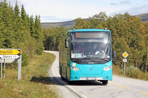 Direktebuss: Fylkesordføreren er enig med Bjørn Salvesen i at bussen mellom Røros og Trondheim skal gå direkte slik at passasjerene ikke skal være nødt til å bytte buss på Støren. Arkivfoto: Tor Enget