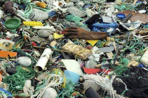 Hver person i Ås kaster nesten et halvt tonn søppel i året.