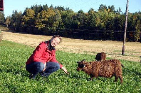 Stina Mehus på Nordre Øierud i Drøbak tok over hjemgården på Nordre Øierud i Frogn i 2008 og er en av dem som gjerne deler sine erfaring med andre på kurs.
