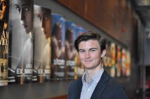 ARRANGØR: 18-år gamle Caspar Martens Kerr er initiativtakeren bak Sandvika Filmfestival.
