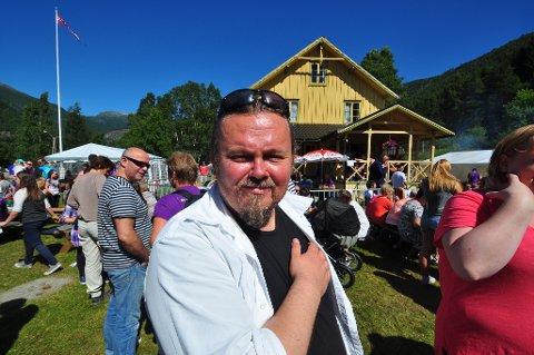 Tommy Fossum skal lede onsdagens valgdebatt i Sunndalsporten.