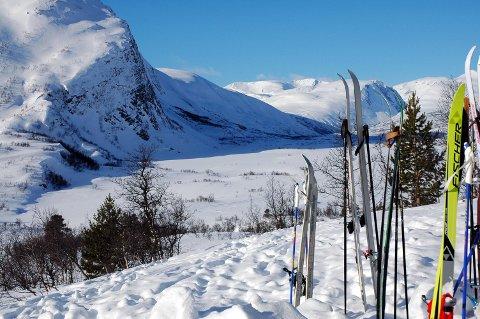 Gapahuken på Stortæla i Grødalen er ett av Stikk UT-målene på ski i Sunndal i vinter. Det andre ligger på Tøftvangen.