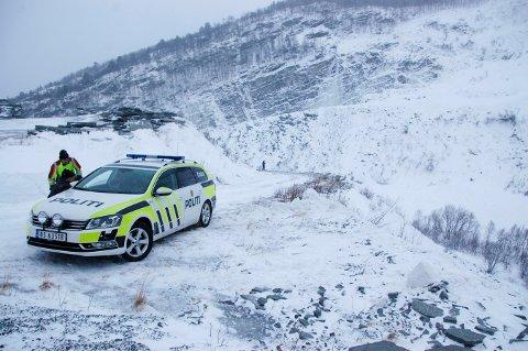 Foto fra Drivdaletter at et snøras gikk over elva Driva i midten av januar. Foto: Jan Are Melgård / Opdalingen / NTB scanpix