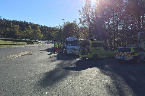 ULYKKESSTEDET: Vinterkjær i Risør. Bussen på bildet har ingenting med ulykken å gjøre.