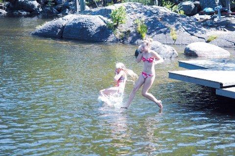 Nå er det mulighet for å bade i Barbulivannet i Urheia igjen.