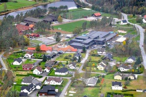 TONSTAD SKULE: Sirdal kommune pålegges av statsforvalteren å sørge for at Tonstad skule sikrer bedre informasjon til elever og foreldre om skolemiljøet.
