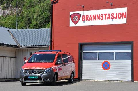 KOMPETANSE: Det allerede dyktige brannkorpset i Kvinesdal får nå økt kompetanse i førstehjelp.