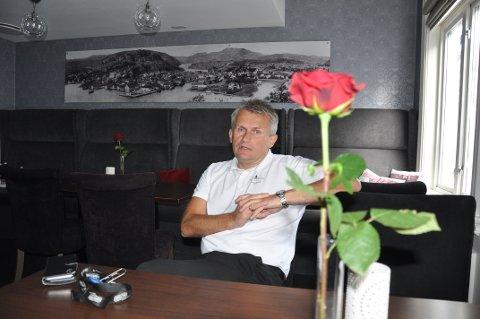 DRAMATISK: Hotelldirektør Sigurd Bruhjell har permittert hele staben på Grand Hotell. - Det kom som et sjokk på mange, sier Bruhjell.