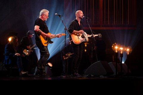 KONSERT: Åge Aleksandersen & Sivert Høyem spilte på Oslo Konserthus i anledning av Bob Dylans 80-årsdag.