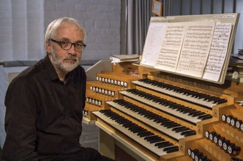 Fedje kyrkje: Tredje søndag i juli held kantor ved Fedje kyrkje, Ivar Mæland, den andre av tre konsertar der han spelar alle triosonater og konsertar av J.S. Bach. Arkivfoto