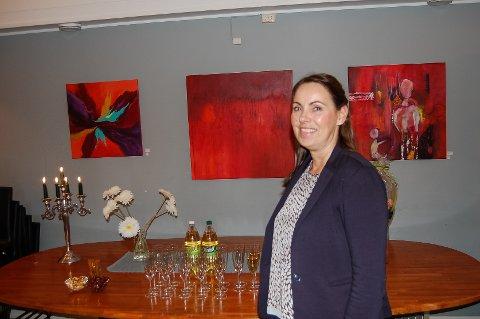 Kunstnaren Hilde Marøy