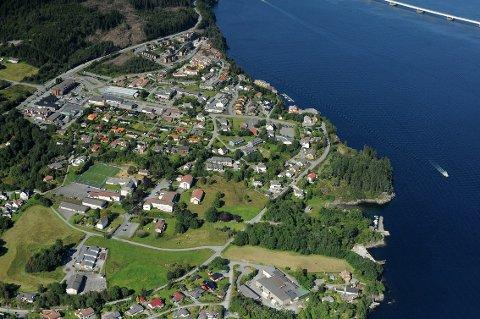 På Frekhaug gjekk fem bustader for mellom 4,4 og 5,4 millionar kroner denne månaden.