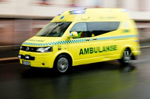 LANG RESPONSTID: Fem saltenkommuner frykter for responstiden til ambulansetjenesten når turnusen til de ansatte legges om 1. oktober.