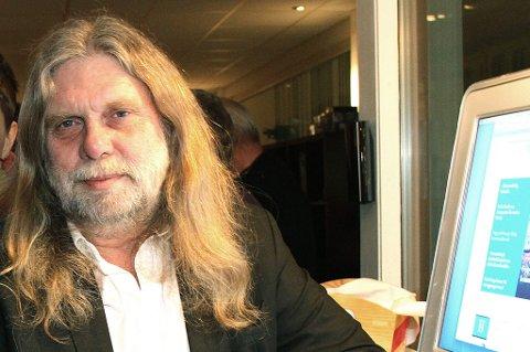 Arne O. Holm skal fortsatt være ansvarlig redaktør i den internasjonale nettavisa Hith North News.