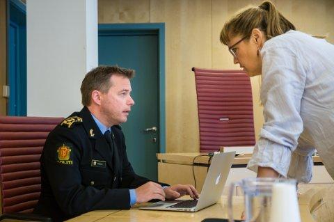 Politiadvokat Bjarte Walla og den siktede mannens forsvarer Hilde Guldbakke.