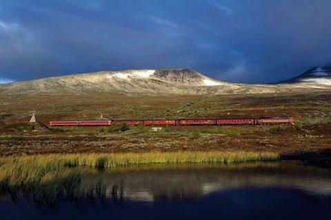 Dieseltogene på vei ut: Tyskland har blitt det første landet til å teste hydrogentog i ordinær drift, og i Norge virker Nordlandsbanen å være den mest aktuelle strekningen for et slikt prosjekt.