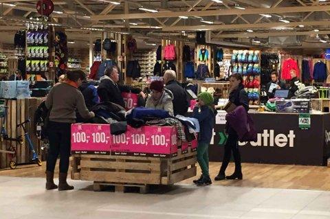 Sport Outlet markedsfører seg med merkevarer for en billig penge. Nå etablerer de butikk på Fauske.