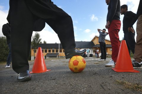 De enslige mindreårige asylsøkerne i Sørfold bor i Røsvik og går på skole på Kvarv. 1. februar legges mottaket ned.