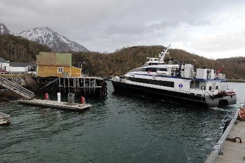 Kommer ikke: Hurtigbåten kommer ikke til Skutvik, men stanser og snur i Steigen når været er for dårlig til at den kan krysse Vestfjorden. Det kan det bli en endring på. Foto: Øyvind A. Olsen