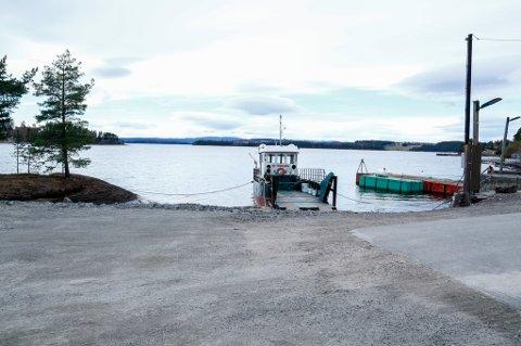 Utøyakaia blir godkjent av Statsbygg som nasjonalt minnested for 22. juli. MS Thorbjørn ligger til kai på landsiden. Foto: Terje Pedersen / NTB scanpix